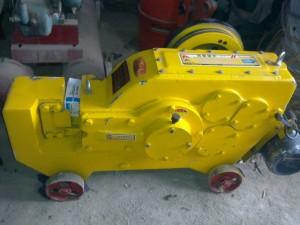 Máy cắt sắt ký hiệu GQ40(2,2KW- 380V)