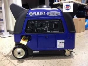 Máy phát điện mini YAMAHA EF3000IS